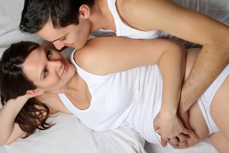 Фото секс в Обычно секс в первом триместре беременности не противопоказа
